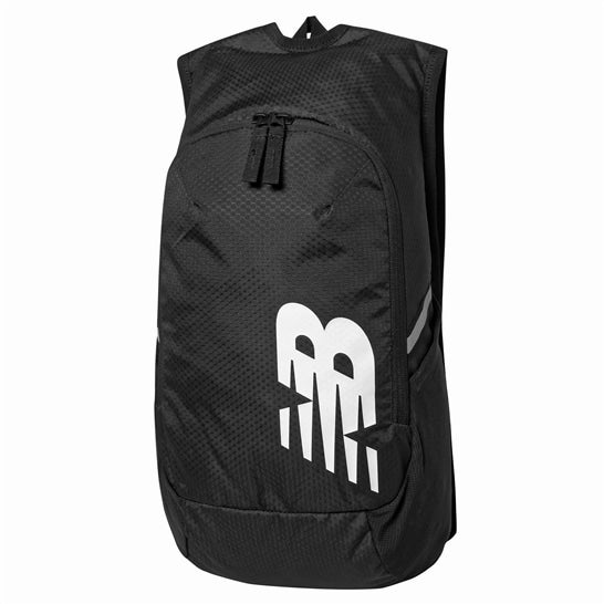 (NB公式)【ログイン購入で最大8%ポイント還元】 ユニセックス ランニングバックパック17リットル (ブラック) バッグ 鞄 リュックサック/デイパック ニューバランス newbalance