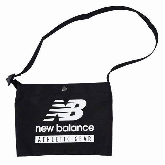 (NB公式)【ログイン購入で最大8%ポイント還元】 ユニセックス NB Essentials Field Day ショルダーバッグ (ブラック) バッグ 鞄 ニューバランス newbalance