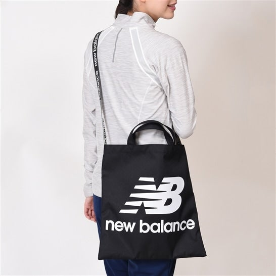 (NB公式)【ログイン購入で最大8%ポイント還元】 ユニセックス マルチトートバッグ (ブラック) バッグ 鞄 ニューバランス newbalance