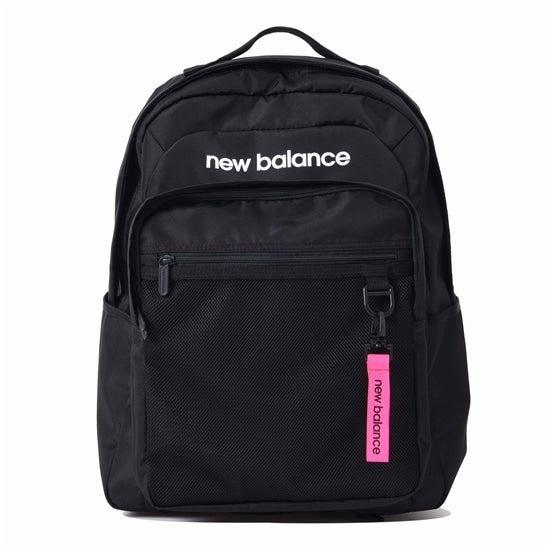 (NB公式)【ログイン購入で最大8%ポイント還元】 ウイメンズ ボクシーバックパック 30リットル (ブラック) バッグ 鞄 リュックサック/デイパック ニューバランス newbalance