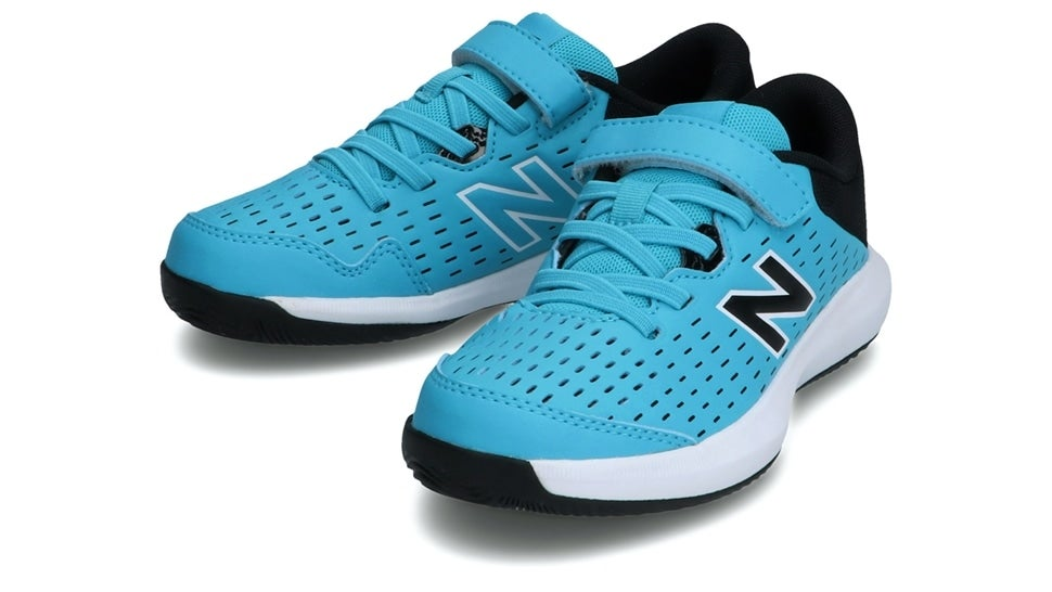 (NB公式)【ログイン購入で最大8%ポイント還元】 キッズ KCV696 V4 (ブルー) テニス オールコート用シューズ 靴 ニューバランス newbalance