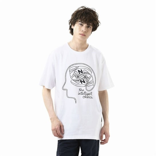 NB Athletics Delorenzo Shoe Tシャツ