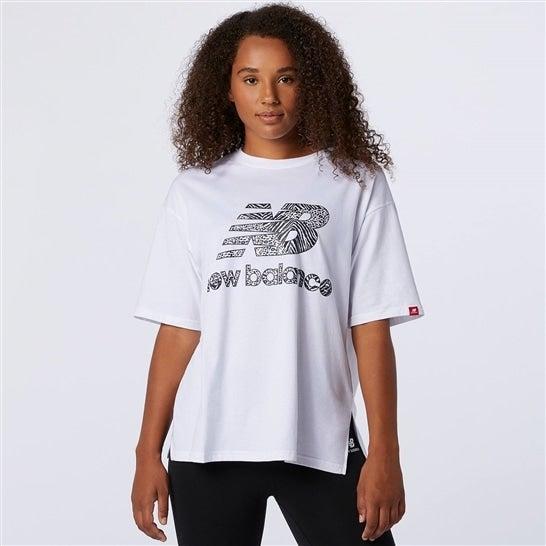 (NB公式)【ログイン購入で最大8%ポイント還元】 ウイメンズ アニマル グラフィック ショートスリーブ Tシャツ (ホワイト) ライフスタイル ウェア / トップス ニューバランス newbalance